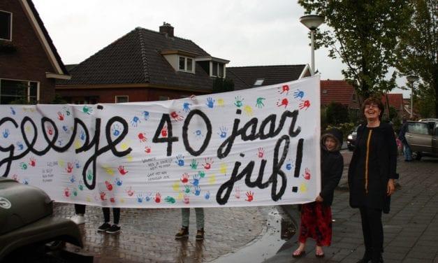 Juf Geesje viert 40-jarig jubileum op basisschool De Oosterbrink